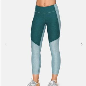 Outdoor Voices 3/4 Two-Tone Leggings Slate/Hunter